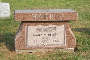 Harris-pedestal-style-bench