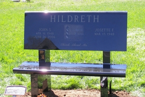 Hildreth-cremation-bench-memorial