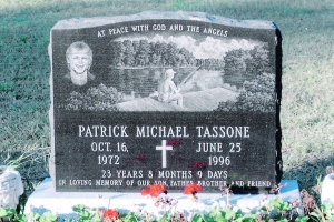 Tassone-monument-with-cremains