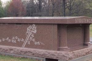 Stoutenger-2-crypt-mausoleum