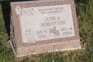 Robertson-cemetery-slant-marker