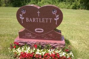 Bartlett Red Special Shape Heart Upright.jpg