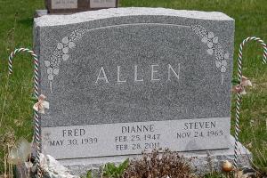 Allen-barre-gray-gravestone