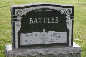 Battles-cemetery-stone-with-deep-roses