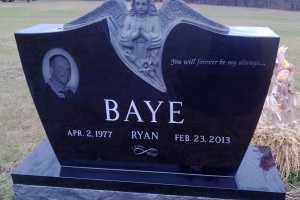 Baye-black-headstone-with-sculpted-angel