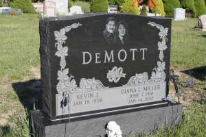 Demott Black Upright.JPG