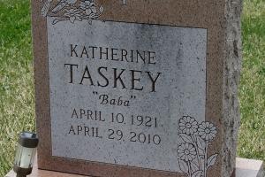 Taskey-headstone