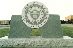 Granite-sign-at-SUNY-Oswego