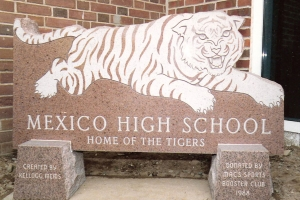 Mexico-High-School-granite-sign